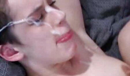 Abril madres maduras españolas follando